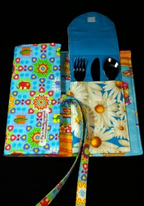 roll up lunch mat with cutlery pocket and napkin pocket