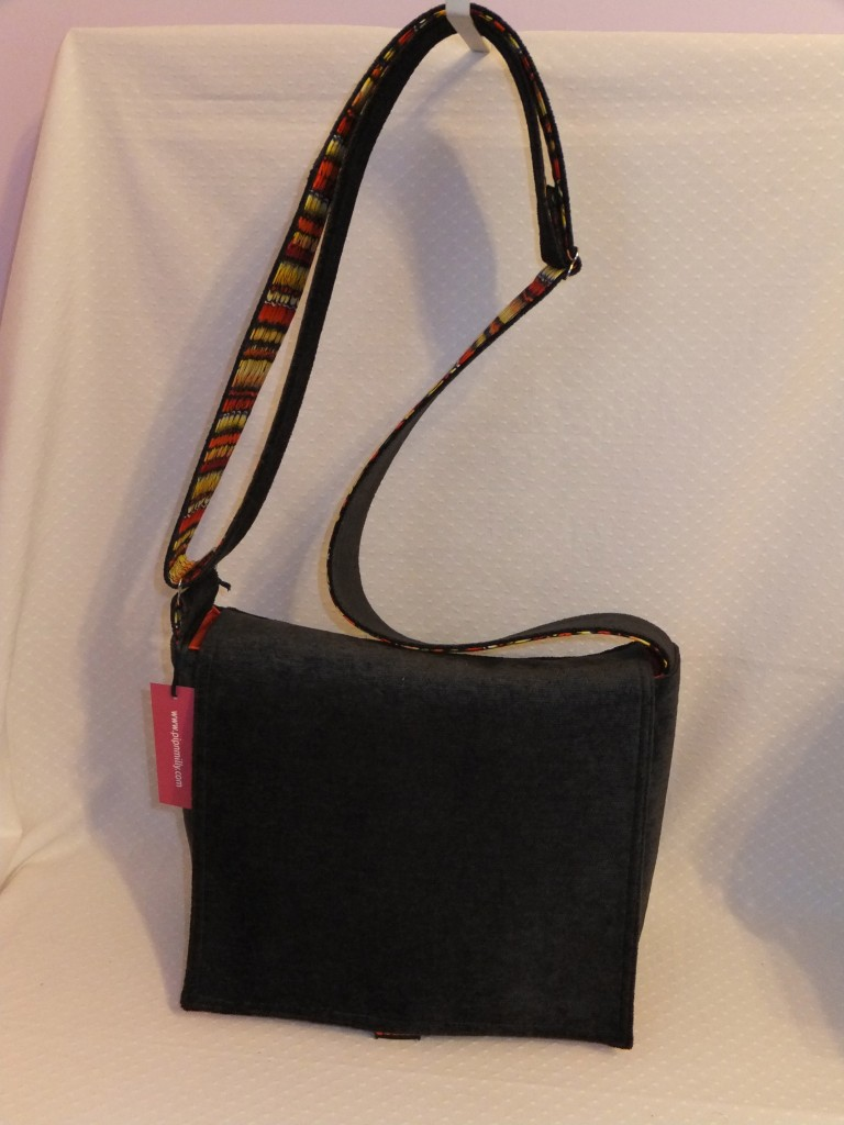 Messenger bag - front